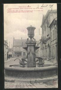 AK Vailly-sur-Aisne, Fontaine monumentale, Hotel de Ville