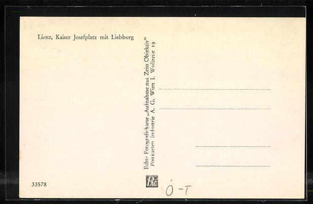 AK Lienz, Kaiser Josefplatz mit Liebburg 1
