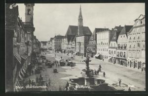 AK Steyr, Geschäfte und Brunnen am Stadtplatz