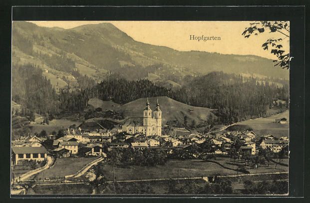 AK Hopfgarten, Panorama mit Kirche 0