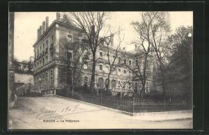 AK Macon, La Préfecture