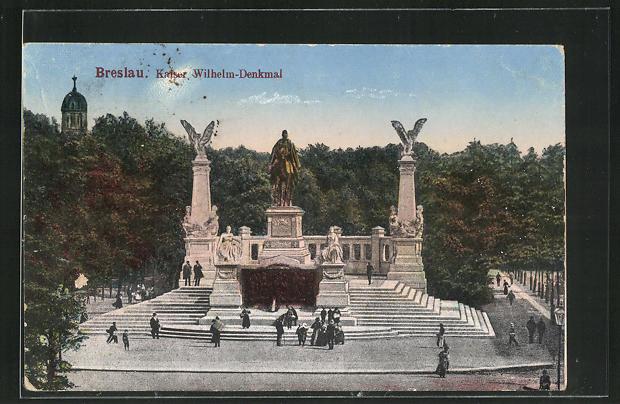AK Breslau, Passanten besuchen das Kaiser Wilhelm-Denkmal 0