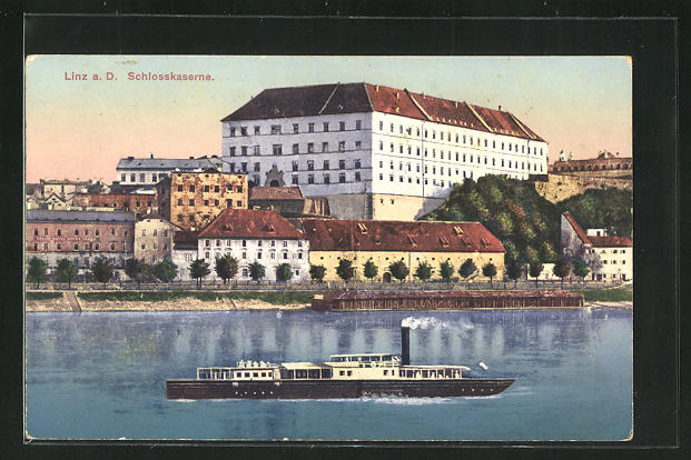 AK Linz a.D., Dampfer vor der Schlosskaserne 0