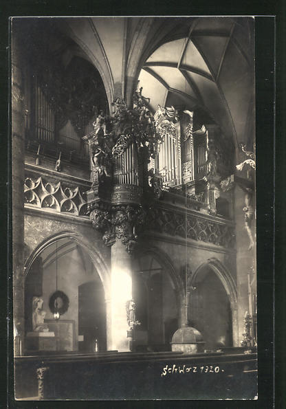 AK Schaz, Blick zur Orgel in der Kirche 0