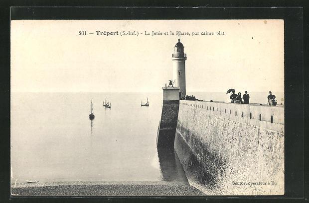 AK Tréport, La Jetée et le Phare, par calme pat, Leuchtturm 0