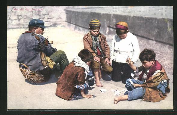 AK Neapel / Napoli, Monelli che gluocano, Knaben bei Kartenspiel 0