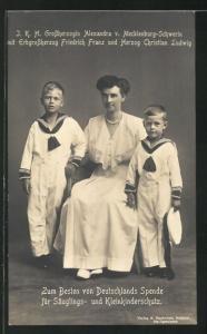 AK J. K. H. Grossherzogin Alexandra von Mecklenburg-Schwerin mit Erbgrossherzog Friedrich Franz u. Herzog Christian Ludwig