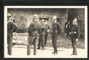 AK Feuerwehrmänner bei der Übung