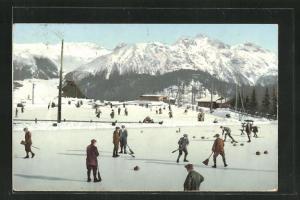 AK Wintersportler beim Curling-Spiel, Eisstockschiessen