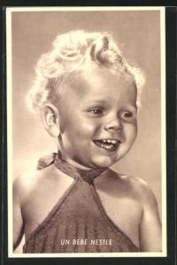 AK Un Bebe Nestle, niedliches blondes Kleinkind