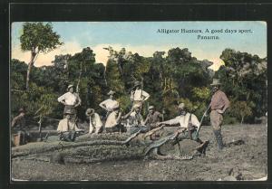 AK Panama, Alligator Hunters, Jäger mit erlegten Krokodilen am Ufer