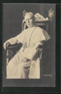 AK Portrait von Papst Pius X. in Robe