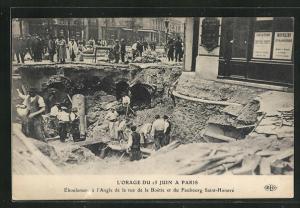 AK Paris, L`Orage du 15 Juin 1914, Eboulement a l`Angel de la rue de la Boetie et du Faubourg Saint-Honore, Erdrutsch