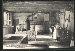 AK Bayeux, Bénédictine-Convent, Nonnen in der Wäscherei