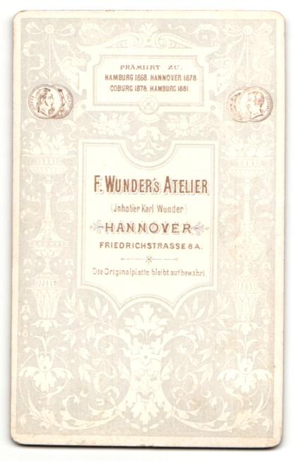 Fotografie F. Wunder, Hannover, Portrait junge Dame in ...