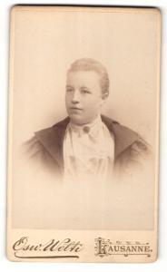 Fotografie Osw. Welti, Lausanne, Portrait Fräulein mit zusammengebundenem Haar