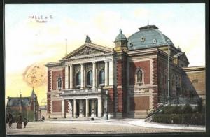 AK Halle / Saale, Strassenpartie am Theater