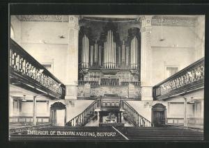 AK Bedford, Interior of Bunyan Meeting, Orgel und Zuschauertribüne