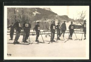AK Ski-Fahrer im Ziel