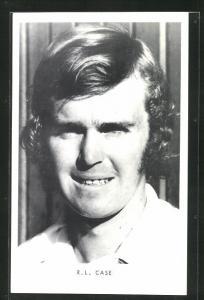 AK Tennis, Spieler R. L. Case mit leichtem Lächeln