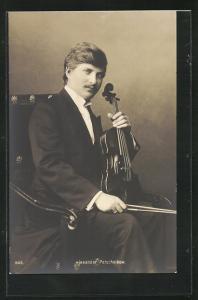 AK Musiker Alexander Petschnikow mit Geige