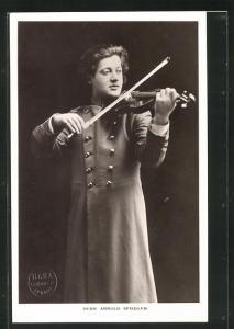 AK Musiker Herr Arnold Spiegler spielt Geige