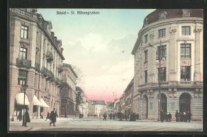 AK Basel, Strasse St. Albangraben mit Wohnhäusern und Passanten