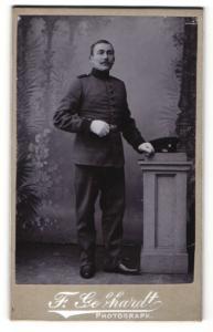 Fotografie F. Gebhardt, Treuchtlingen, Portrait Soldat in Uniform