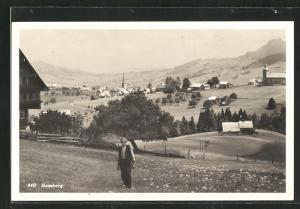 AK Hemberg, Panorama mit altem Mann auf der Wiese
