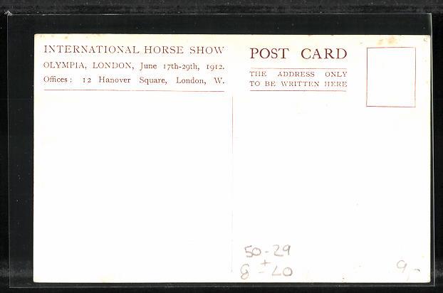 AK London, International Horse Show, Olympia, 1912, Kutschen präsentieren sich den Zuschauern 1