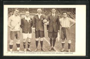 AK Amsterdam, Olympiade 1928, Fussballspiel, De Aanvoerders, Scheidsrechter en Grensrechters Uruguay-Argentine