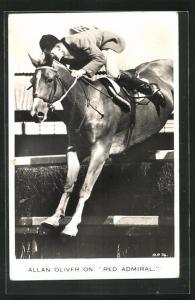 AK Reiter Allan Oliver auf seinem Pferd Red Admiral beim Sprung über ein Hindernis, Pferdesport