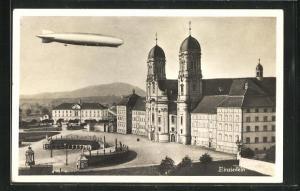 AK Einsiedeln, Zeppelin über der Wallfahrtskirche