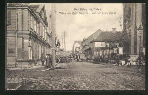 AK Mitau, Der Krieg im Osten, Kath. Strasse, Vor der kath. Kirche