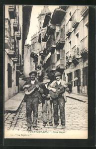 AK Fuenterrabia, Calle Mayor, Strassenmusikanten