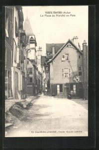 AK Troyes, La Place du Marché au-Pain