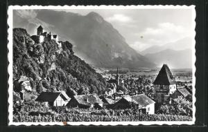 AK Vaduz, Blick zum Schloss