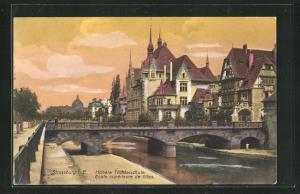 AK Strassburg, Höhere Töchterschule mit Steinbrücke über Gewässer