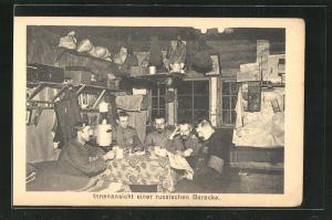 AK Sprottau, Innenansicht einer russischen Baracke mit Kriegsgefangenen