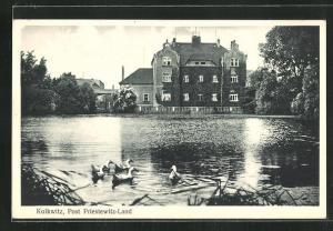 AK Striessen, Schloss Kolkwitz vom Teich gesehen