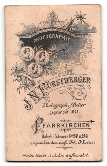 Fotografie F. N. Fürstberger, Pfarrkirchen, Portrait Dame mit Halskette 1
