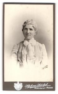 Fotografie Alphons Adolph, Passau, Portrait junge Dame im Kostüm