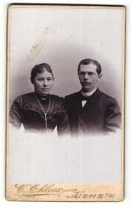 Fotografie C. Ehlers, Lehe a/W, Portrait junges Paar in festlicher Kleidung
