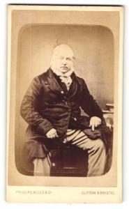Fotografie Phillips-Miles & Co, Clifton, Portrait bürgerlicher Herr mit Backenbart