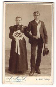 Fotografie J. Niggl, Altötting, Portrait Braut und Bräutigam, Hochzeit
