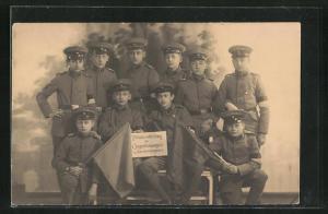 AK Augerkompagnie, Winkerabteilung der 1. Jugendkompagnie in Uniformen, Kinder Kriegspropaganda
