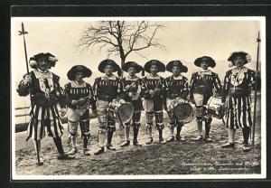 AK Schweiz, Spiessenmannen, Trommler und Pfeifer in Uniform