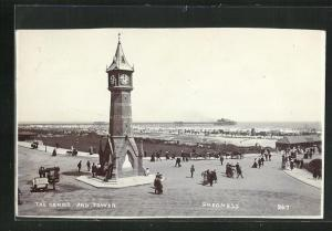 AK Skegness, Sands and Tower, Blick auf das Meer