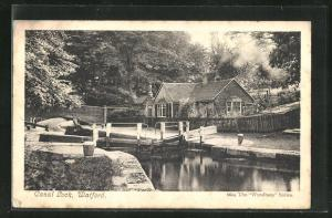 AK Watford, Canal Lock