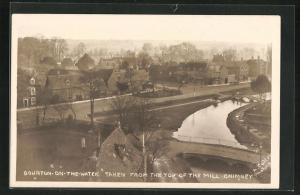 AK Bourton-on-the-Water, Taken from the Top of the Mill Chimney, Blick auf Fluss mit Brücken und Häuser